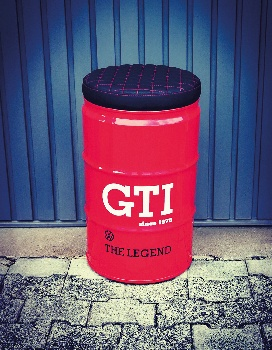 VW GTI  HOCKER ÖLFASS (60L) - ROT